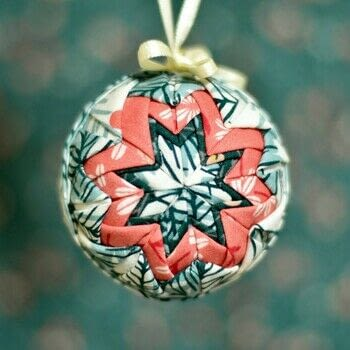 .  Free tutorial with pictures on how to make an ornament in under 30 minutes by patchworking, not sewing, and sewing with styrofoam ball, pins, and fabric. How To posted by Mister Domestic.  in the Sewing section Difficulty: Simple. Cost: Cheap. Steps: 6