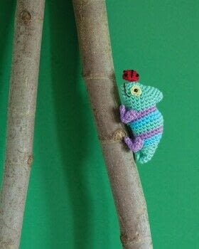 Twenty to Make: Tiny Toys to Crochet .  Free tutorial with pictures on how to make an animal plushie in under 60 minutes by crocheting with yarn, black beads, and cotton thread. How To posted by Search Press.  in the Yarncraft section Difficulty: Simple. Cost: Cheap. Steps: 4