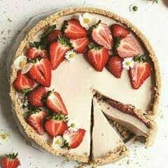 Strawberry And Vanilla Panna Cotta Tart