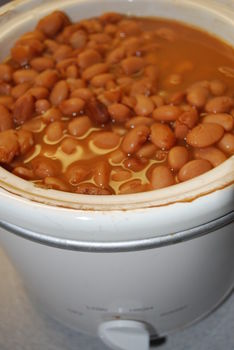 Stop using canned beans! Cook beans like a Mexican! .  Free tutorial with pictures on how to cook beans in under 60 minutes by cooking with beans. Recipe posted by Felecity W. Difficulty: Easy. Cost: Absolutley free. Steps: 8