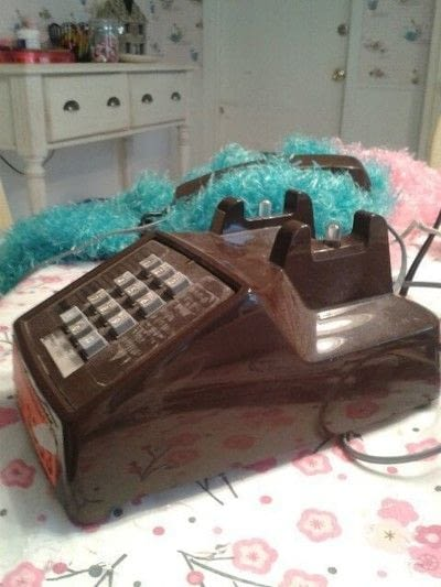 How to decorate a phone. Poodle Telephone - Step 1