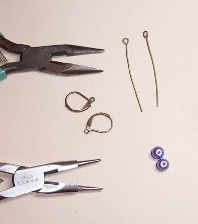 How to make a dangle earring. How To Make Simple Earrings - Step 1