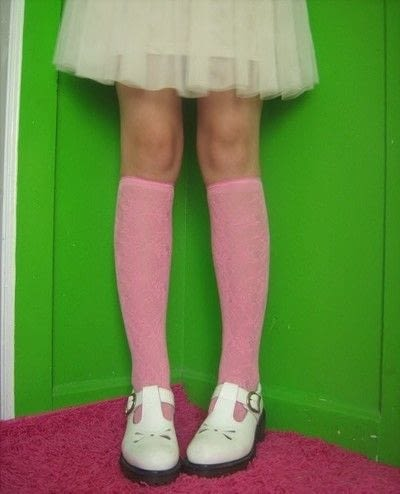 How to make a pair of tights / pantyhose. Knee Socks From Footless Tights - Step 6