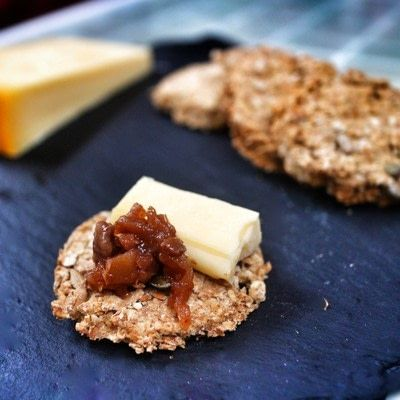How to bake a cracker. Haggis Spice Oatcakes - Step 4