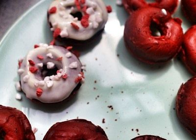 How to bake a donut. Red Velvet Donuts - Step 9