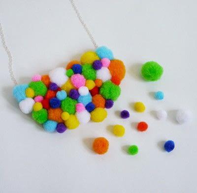 How to make a pom pom necklace. Statement Pom Pom Necklace - Step 10