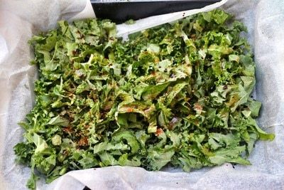 How to cook kale chips. Spicy Soy Kale Crisps - Step 1