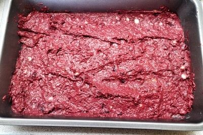 How to bake a beetroot brownie. Seedy Beetroot & Apricot Brownies - Step 5