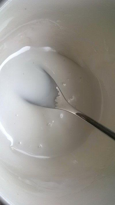 How to bake a chocolate cake. White Chocolate Cake - Step 9