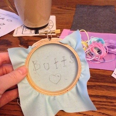 How to embroider art. Humorous Embroidery Using Dandelyne Tiny Hoop - Step 3