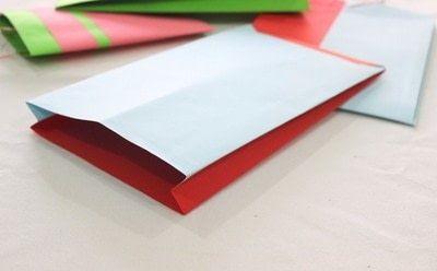 How to make a gift bag. Gazette Gift Bag! - Step 10