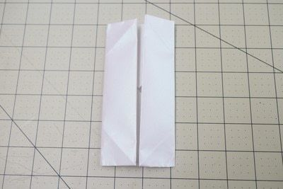 How to fold an origami box. Origami Bakery Boxes - Step 4