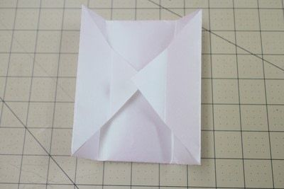 How to fold an origami box. Origami Bakery Boxes - Step 5
