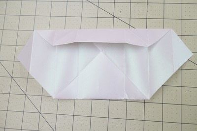 How to fold an origami box. Origami Bakery Boxes - Step 7