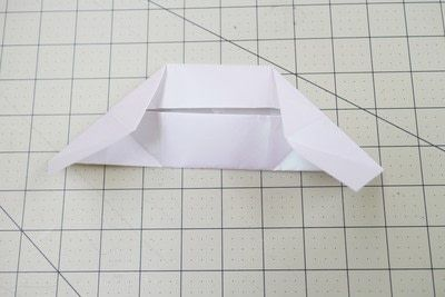 How to fold an origami box. Origami Bakery Boxes - Step 10