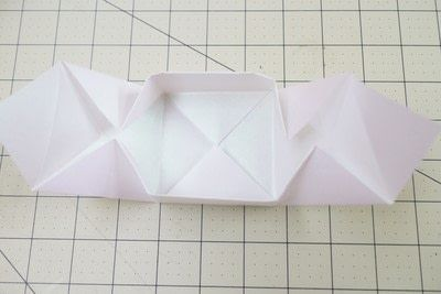 How to fold an origami box. Origami Bakery Boxes - Step 11