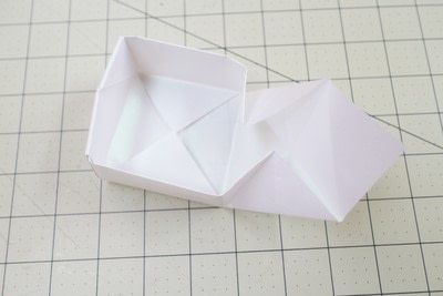 How to fold an origami box. Origami Bakery Boxes - Step 12