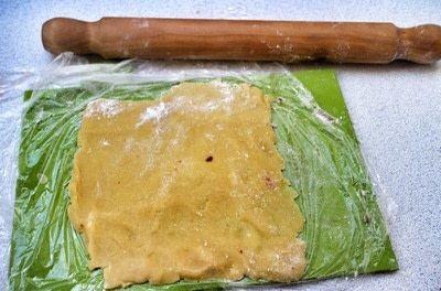 How to bake a pinwheel cookie. Red Velvet Swirl Cookies - Step 5