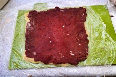 How to bake a pinwheel cookie. Red Velvet Swirl Cookies - Step 7