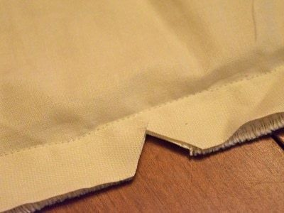 How to make a tablecloth / table runner. Sew A Simple Table Runner! - Step 7