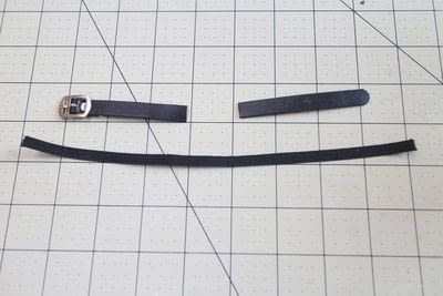How to make a pet collar/leash. Bow Tie Cat Collar - Step 1
