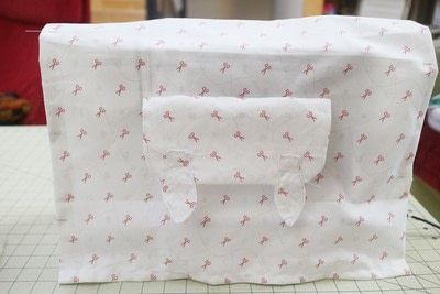 How to make a sewing machine covers. Cat Ear Sewing Machine Cover - Step 17