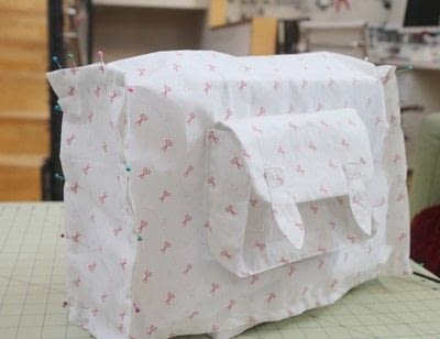 How to make a sewing machine covers. Cat Ear Sewing Machine Cover - Step 24