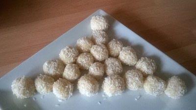 How to make a truffle. Malted & Vanilla Chocolate Truffles  - Step 11