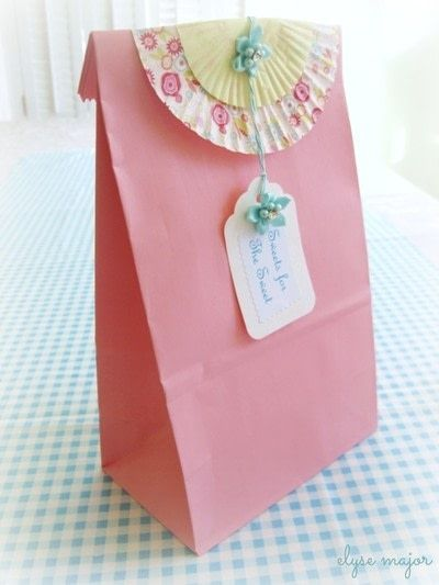 How to make a gift bag. Tinkered Lunch Sack - Step 3