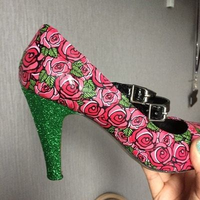 How to make a pair of decoupage shoes. Upcycled Decopaged Shoes - Step 1