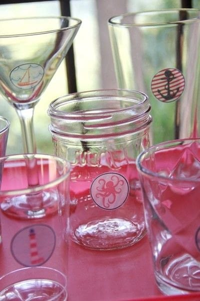 How to make a glass. Party Glass And Guest Matching Tattoos - Step 5