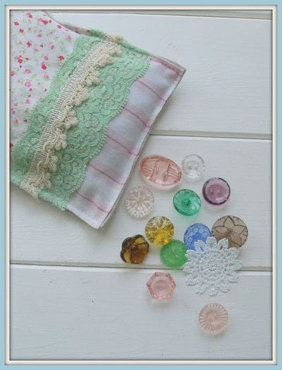 How to make a scent pouches. Sweet Lavender Pillow - Step 5