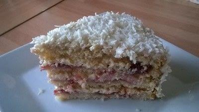 How to bake a vanilla cake. Creamy Coconut Cake - Step 21