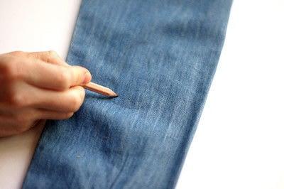 How to make a blouse. [Diy] Mended Denim Shirt à La Frankenstein Style - Step 3