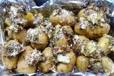 How to cook a hasselback potato. Mustard & Dill Potatoes - Step 4