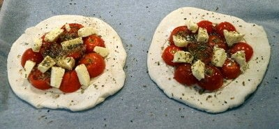 How to cook a tomato pie. Halloumi And Cherry Tomato Tarts  - Step 1