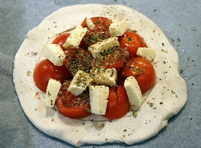 How to cook a tomato pie. Halloumi And Cherry Tomato Tarts  - Step 2