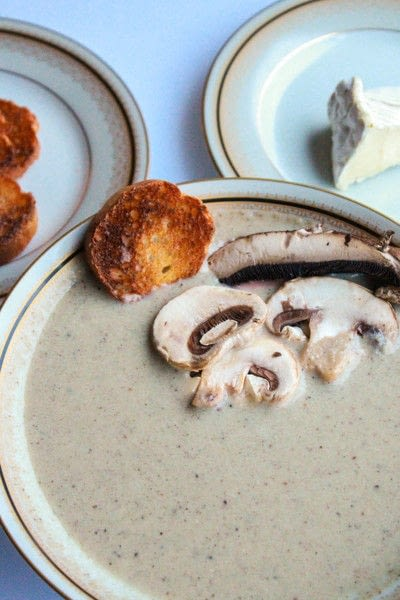 How to cook mushroom soup. Creamy Roasted Mushroom And Brie Soup - Step 2