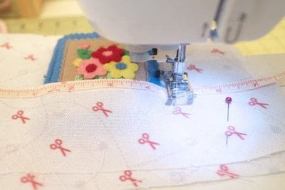 How to make a sewing kits. Embroidery Hoop Sewing Kit - Step 8