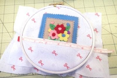 How to make a sewing kits. Embroidery Hoop Sewing Kit - Step 9