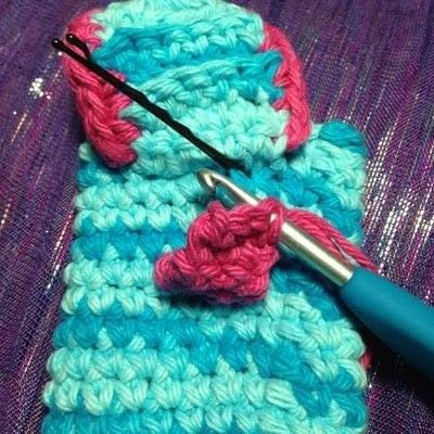 How to stitch a knit or crochet pouch. Medicine Bag - Step 20