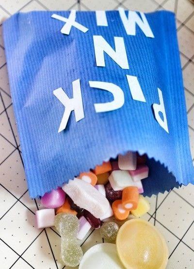 How to make a gift bag. Lucky Bag - Step 4