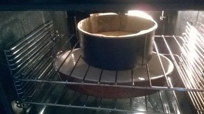 How to bake a cheesecake. Snickers Cheesecake  - Step 13