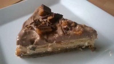 How to bake a cheesecake. Reeses Peanut Butter Cheesecake  - Step 20