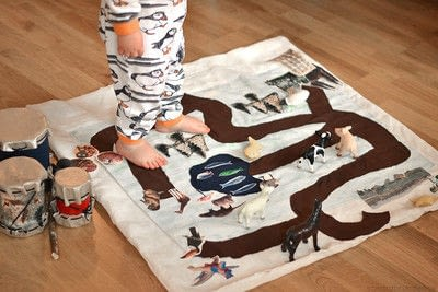 How to make a play mat. Non Toxic Play Mat - Step 3