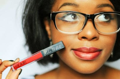 How to create a cat eye. Classic Eyeliner And Red Lips - Step 5