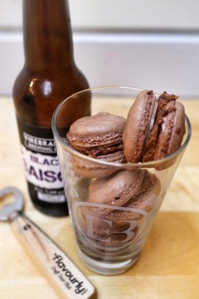 How to bake a macaron. Craft Brew Beercaroons - Step 8
