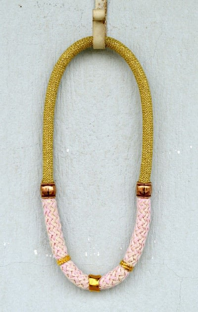 How to make a fabric necklace. Pink And Gold Statement Necklace - Step 4