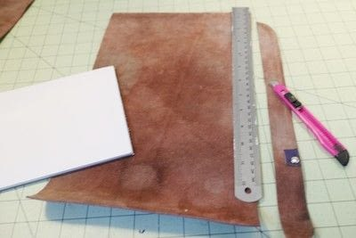 How to make a leather journal. Satchel Notebook - Step 3