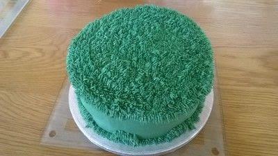 How to bake a vanilla cake. Football Boot Cake - Step 18